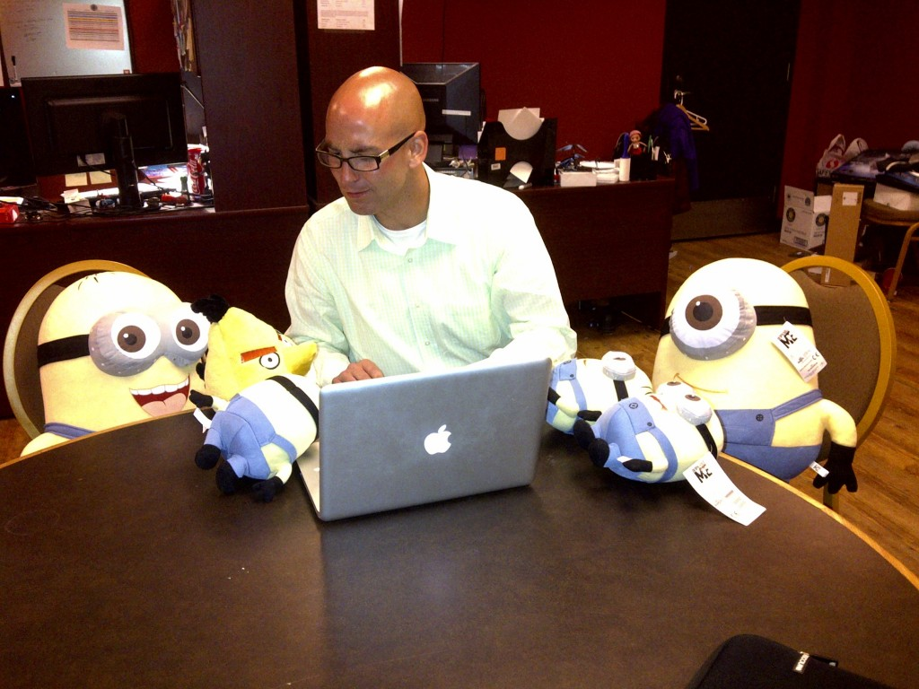 Teaching the minions online strategy